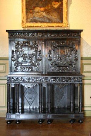 Chateau de Grignan: meuble