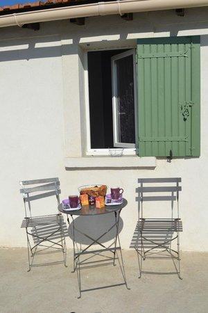 Villa Melanie: Petit dejeuner en terrasse