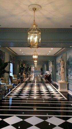 The Ritz-Carlton, Tianjin: meeting hall