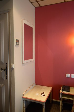 Hotel Daumesnil-Vincennes: Room