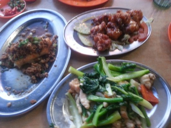 Alor Akar Restaurant: Good food