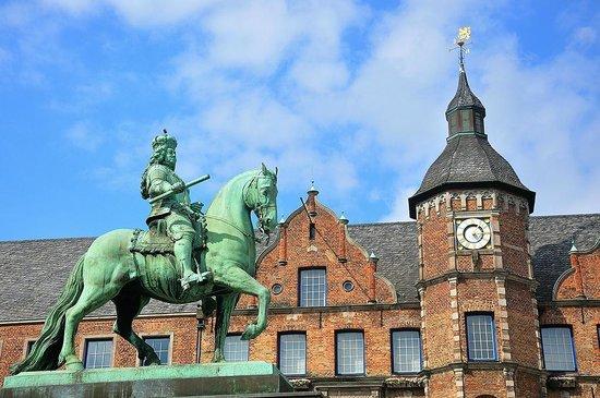 Dusseldorf 2019: Best of Dusseldorf, Germany Tourism - TripAdvisor on