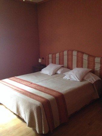 Hotel Abbazia : Cama confortável