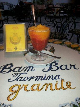 Bam Bar: Granita fragola - mandarino
