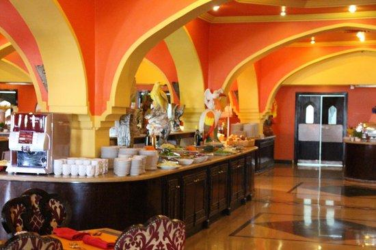 Domina Hotel & Resort Harem: Ресторан отеля Гарем
