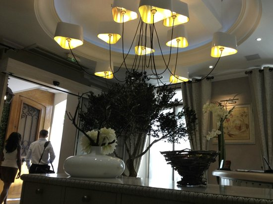 Hotel Daumesnil-Vincennes : Reception area