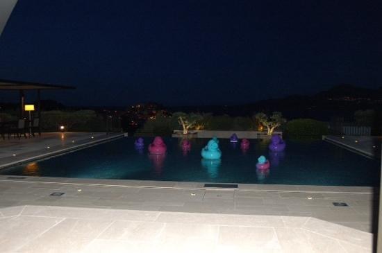 La Villa : terrasse de nuit