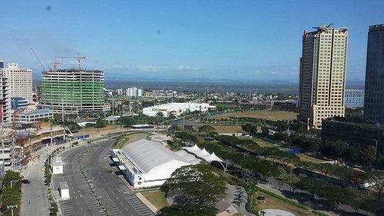 Acacia Hotel Manila : view from room