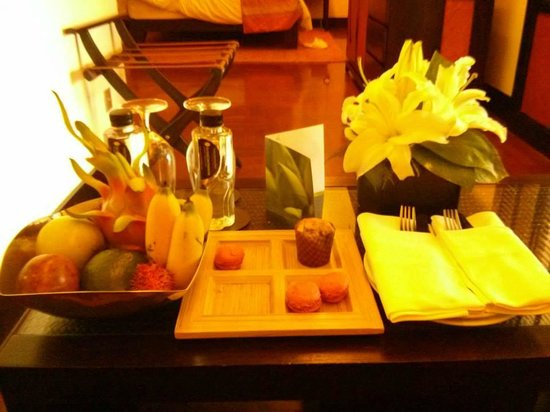 InterContinental Hanoi Westlake : Welcome gifts for a Lotus Suite