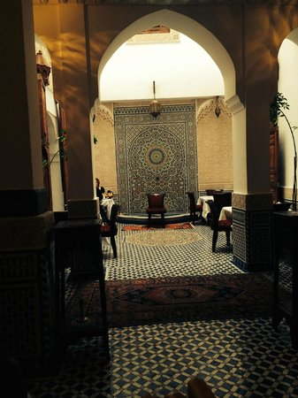 Dar Fes Medina : From one section of the breakfast area to another