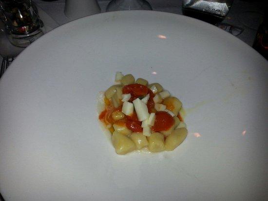 Boutique & Fashion Hotel Maciaconi: Gnocchi caserecci con pomodoro e mozzarella