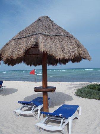 Grand Riviera Princess All Suites Resort & Spa: Adult beach