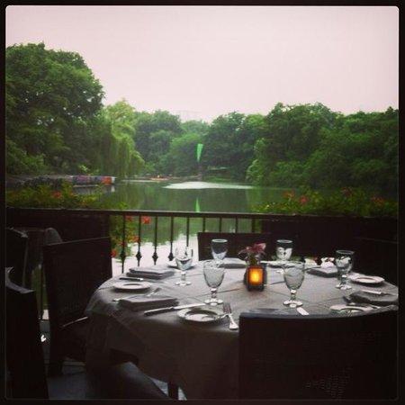 The Loeb Boathouse at Central Park : Vista da nossa mesa!