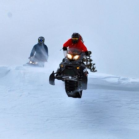 Utah Mountain Resort Tours - Day Tours : Great day out on the Snowmobiles!!!