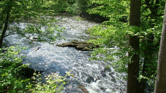 Sevier County, TN : The river between Gatlinburg and Pigeon Forge