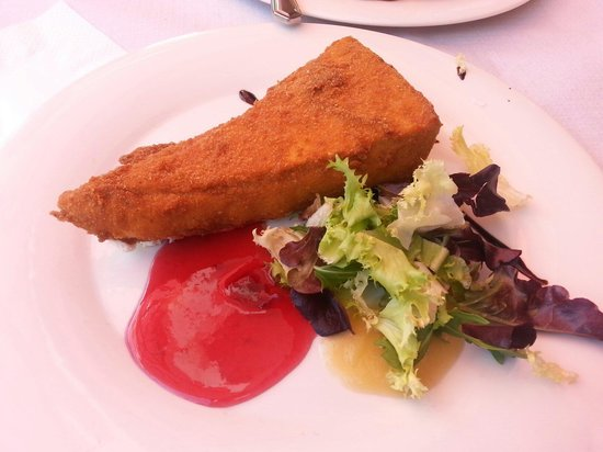 Restaurante Campo Municipal de Golf Las Caldas: Camenbert con frutos rojos