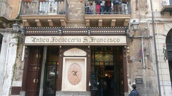 Antica Focacceria San Francesco: Il locale