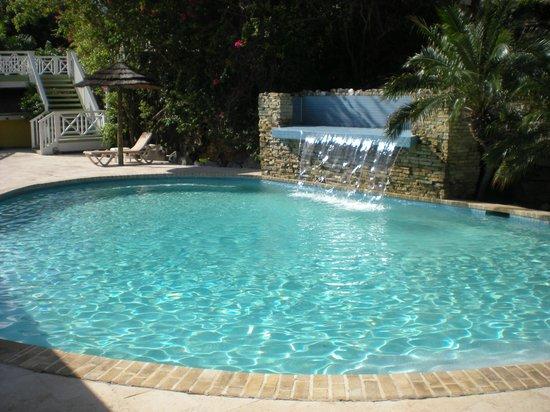 Pineapple Beach Club Antigua: Pool Area