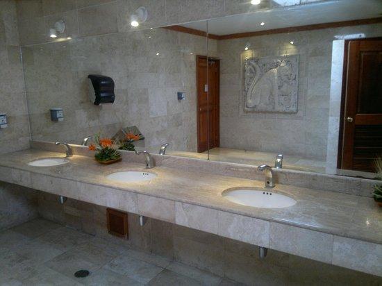 Iberostar Tucan Hotel: baño
