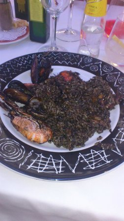 Xantar: arroz negro