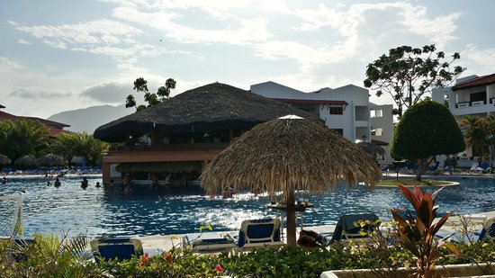 Barcelo Puerto Plata : view from our patio