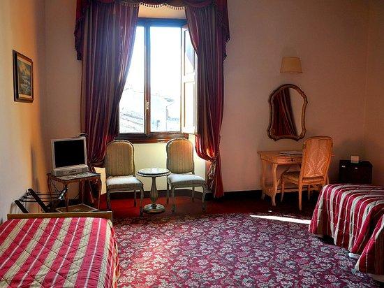 Paris Hotel : Stanza tripla