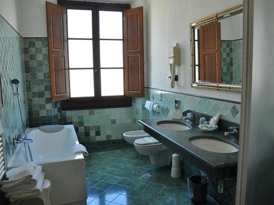 Paris Hotel: Sala da bagno