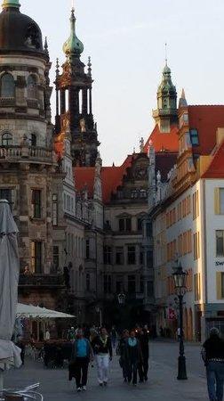 AZIMUT Hotel Dresden: Dresden Altstadt