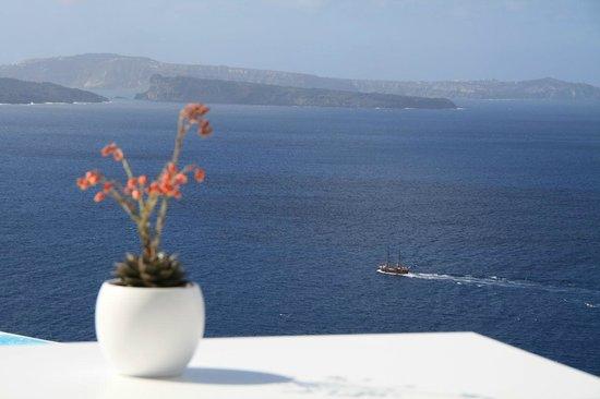 Katikies Hotel: Breakfast View