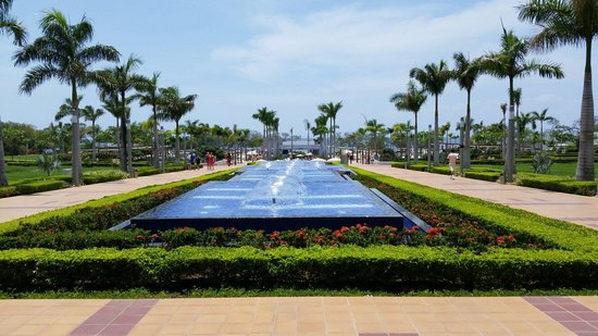 Hotel Riu Palace Costa Rica: View from lobby