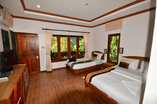 Aonang Cliff View Resort : la chambre