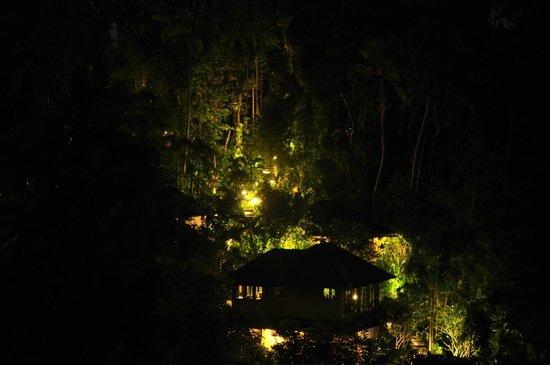 Graha Moding Villas: lights