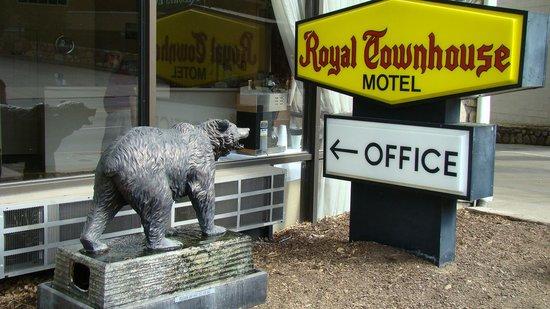 Royal Town House Motel: Royal Townhouse Motel