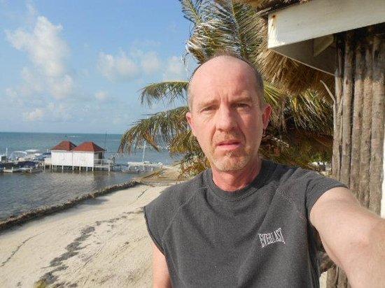 Exotic Caye Beach Resort : on the beach