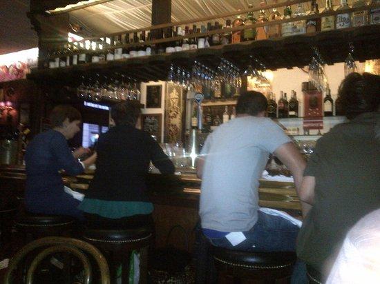 Typical bar billede af le central san francisco tripadvisor - Bar le central ...