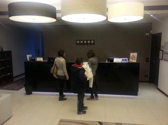 Hotel Sagittario : La reception