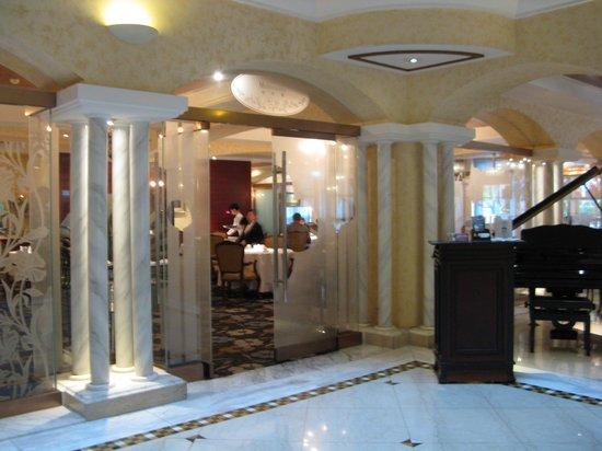 Riviera Hotel : 朝食会場