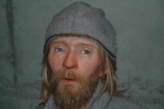 Vasa-Museum: Esculturas personajes del barco