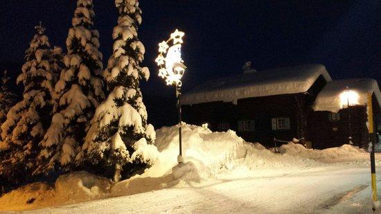 Al Bait dala Santela: Снежная зима в январе 2014