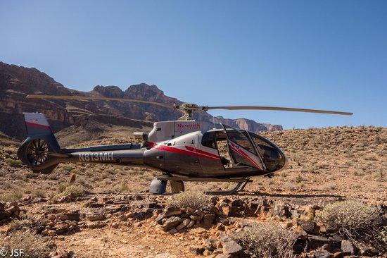skywalk picture of maverick helicopters las vegas. Black Bedroom Furniture Sets. Home Design Ideas