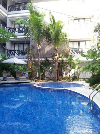 Amaroossa Suite Bali: pool view2