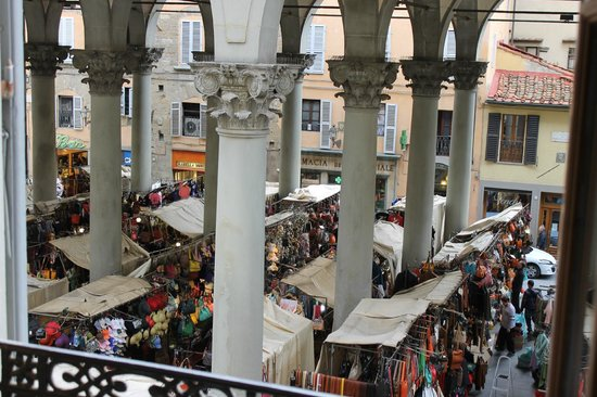 Porcellino Gallery: View from room at the Mercato Nuovo