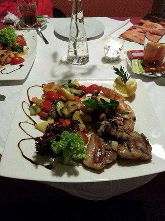 Ristorante Beccofino : Lamb Chop and Squid, fantastic combination. A must try....