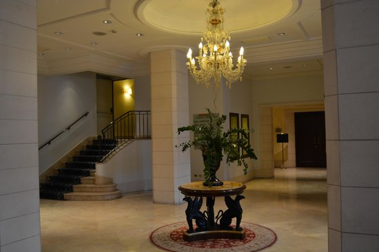 Mercure Catania Excelsior: Le Hall d'accueil
