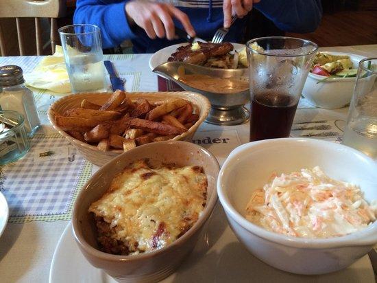 Sibin Pub and Restaurant: Dinner