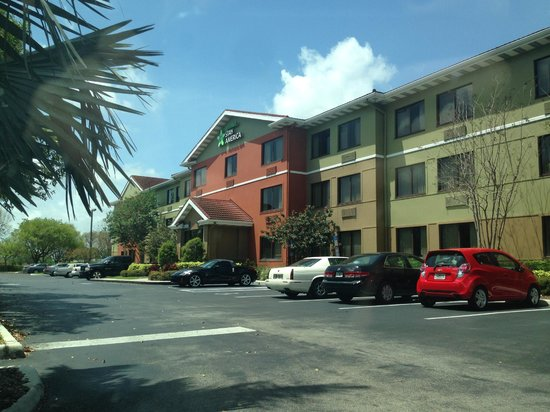 Extended Stay America - Fort Lauderdale - Cypress Creek - NW 6th Way: Front of the hotel