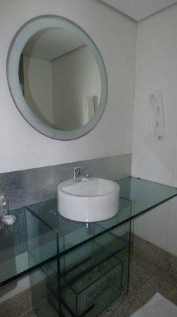 Hotel Brisa Tower: Banheiro
