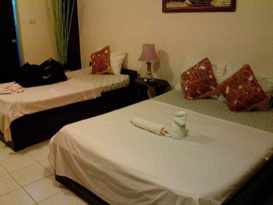 Starfire Resort Main Building: Beds
