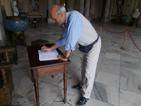 Castello di Racconigi: La firma sul registro