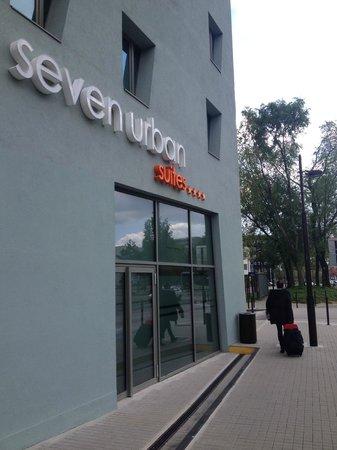 Seven Urban Suites Nantes Centre : Vue Hotel